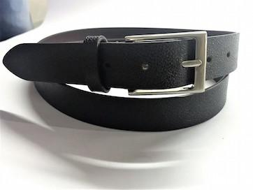 leather belt -