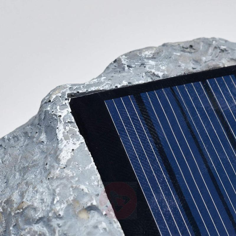 Luminous solar stone Lior with LED - outdoor-led-lights