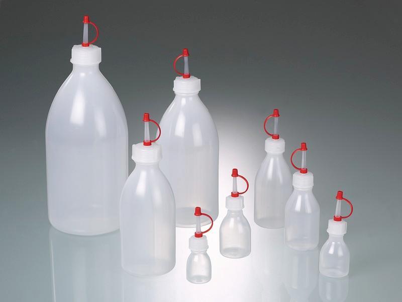 Dropping bottles - Plastic bottle, LDPE, captive cap and dropper cap PE
