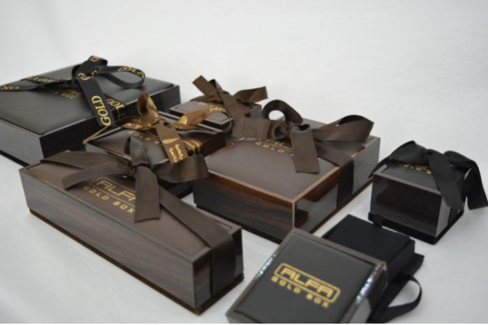 Wooden & Leather Jewellery box with ribbon - Wooden-Leather KA