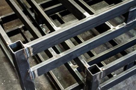 Small / medium light steel constructions forging and welding - Steel structural work services