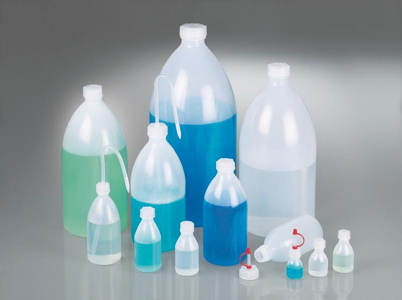Narrow-necked bottles for universal use - Plastic bottle, LDPE, with screw cap