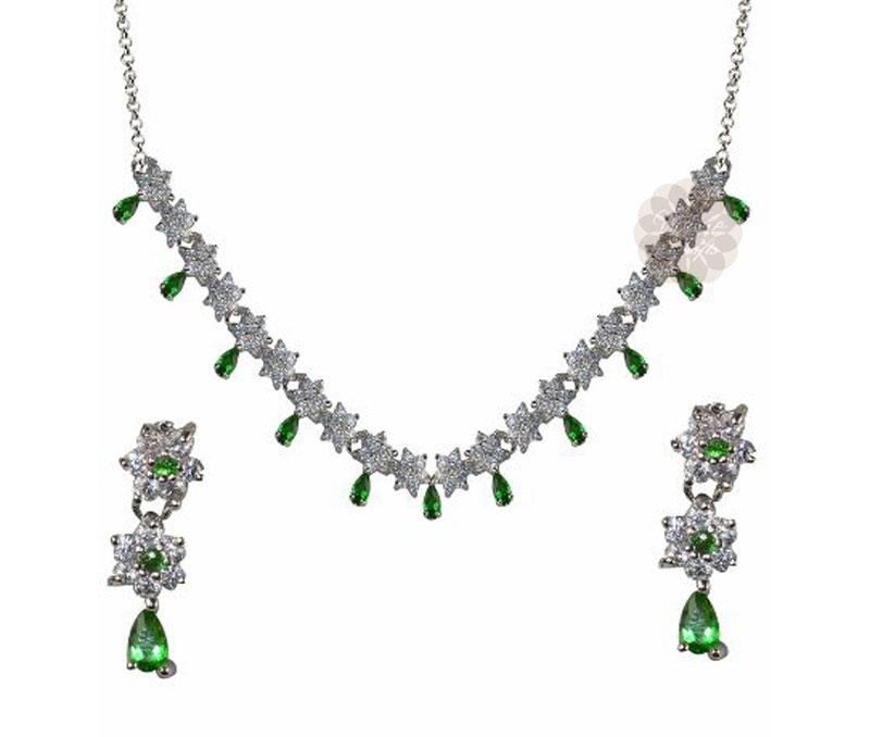 Green Stone Silver Necklace with Earrings -