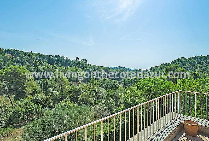 Beautiful Mas in Mougins Pibonson with unobstructed views - Real Estate