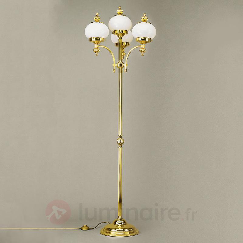 Lampadaire Delia à 4 lampes, laiton poli - Tous les lampadaires
