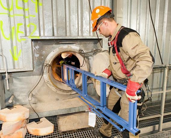 GEDA 300 Z Boiler Hoist - GEDA 300 Z Boiler Hoist -  Material Hoists