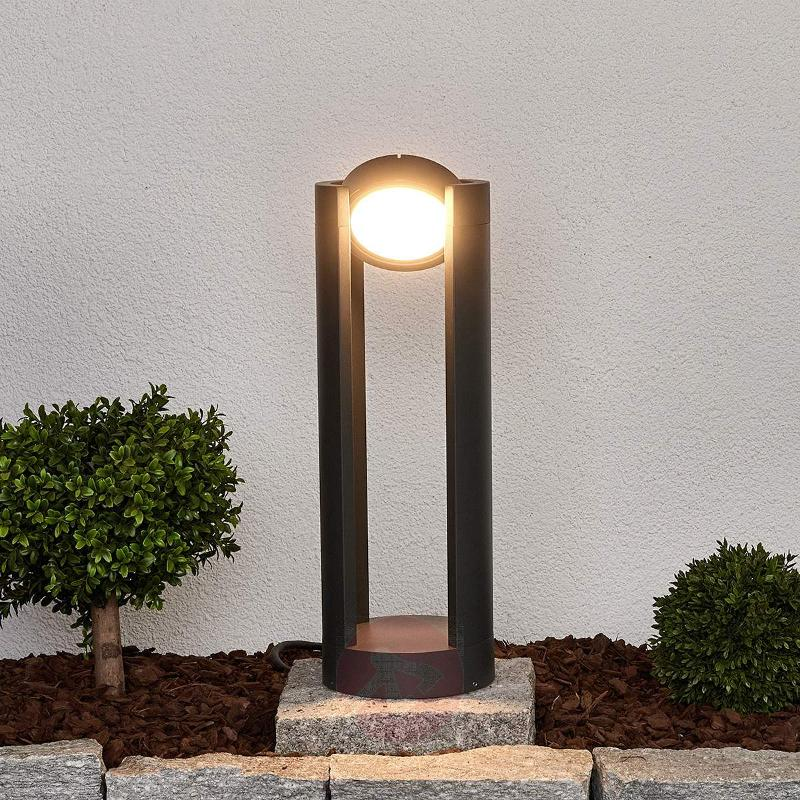 Adjustable Dylen LED pillar light - Pillar Lights