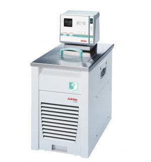 FN32-HL Kälte-Umwälzthermostat - Klimafreundlicher Kälte-Umwälzthermostat mit natürlichem Kältemittel.