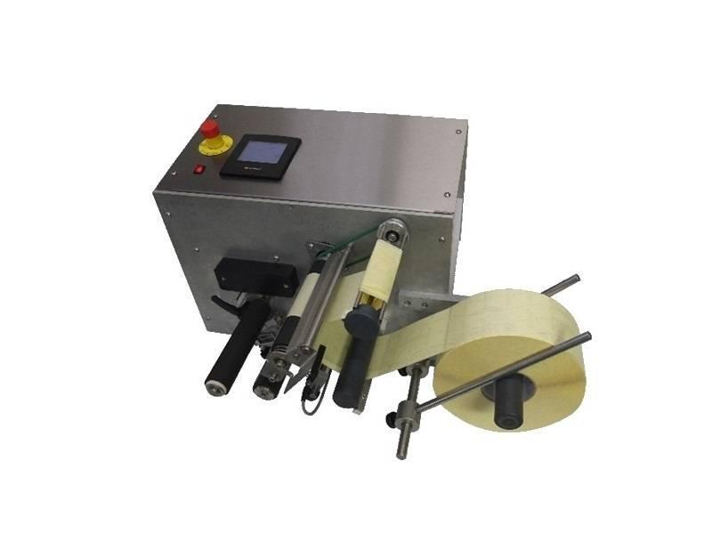 Halfautomatische tafeletiketteermachine: IRIS - Halfautomatische etiketteermachines