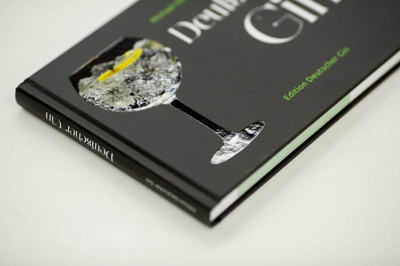 Hardcover book with UV spot - Hardcover book