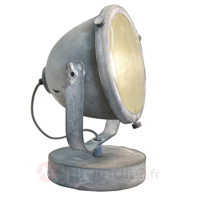 Lampe à poser Carmen au design industriel - Toutes les lampes à poser