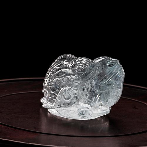 Aguamarina natural piezas talladas en forma de sapo -