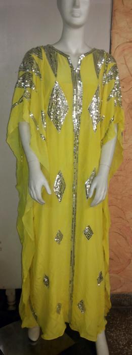 Robe ethnique - Robe ethnique en soie brodée à la main