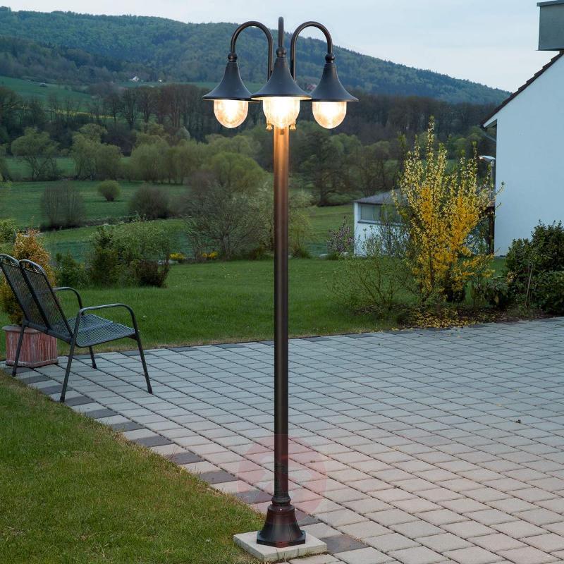 Daphne three-light post light - Pole Lights