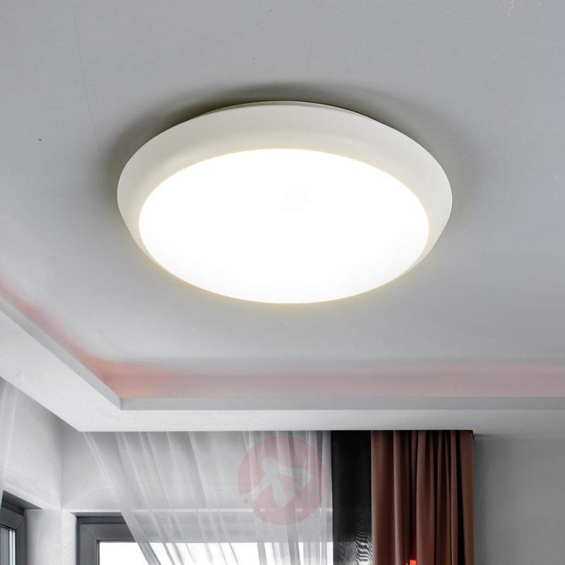 Round LED ceiling lamp Augustin, 20 cm - design-hotel-lighting
