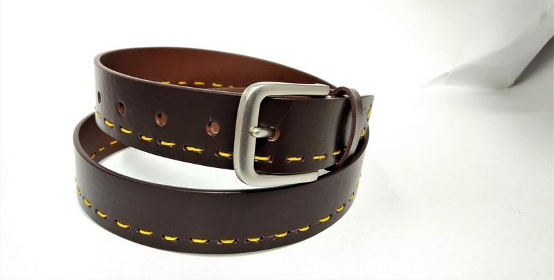 Casual belt with show stitch