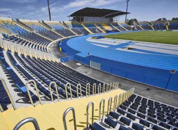 Shell stadium seating WO-03
