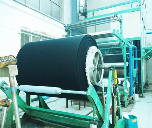 Rouleau de gaze teint - 100% coton absorbant, après dégraissage de la teinture, séchage à haute températ