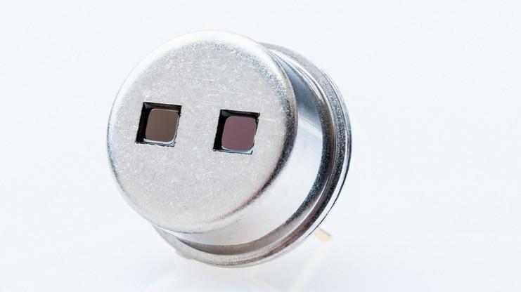 Two channel thermopile detector TS2x200B-A-S1.5 - Highly sensitive thermopile dual detector for NDIR gas analysis TS2x200B-A-S1.5