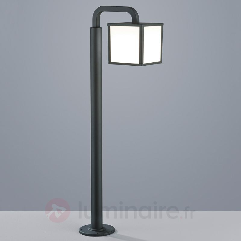 Borne lumineuse LED Cubango en forme de lanterne - Bornes lumineuses LED