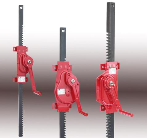 Rack & Pinion Jack, wallmounting 1659 - Rack & pinion jack with flange, for pulling and pushing load, capacity 1,5 - 5 t