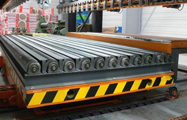 Inline lift platforms - Sheet metal stacking lift platforms