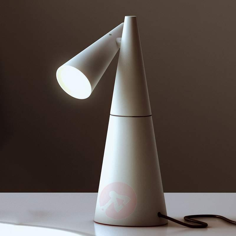Cornet modern, rotatable LED table lamp - Table Lamps