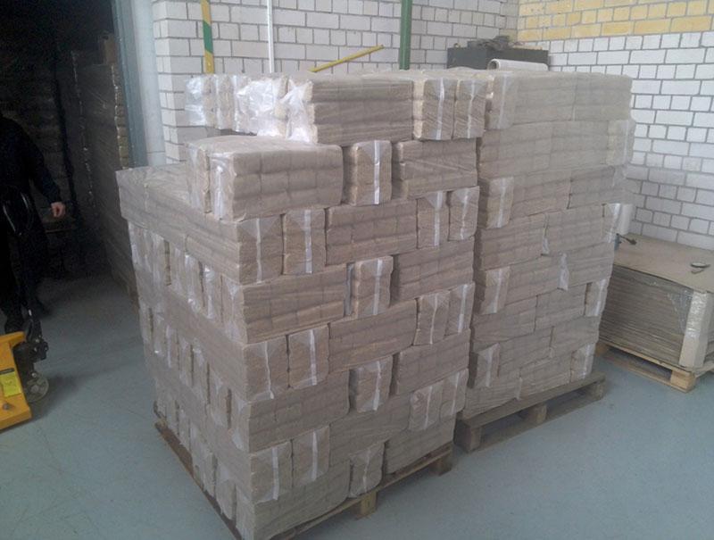 Топливные брикеты - Топливные брикет RUF упакованные на поддонах