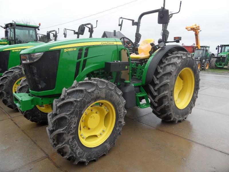 Tractors - JOHN DEERE 5085M