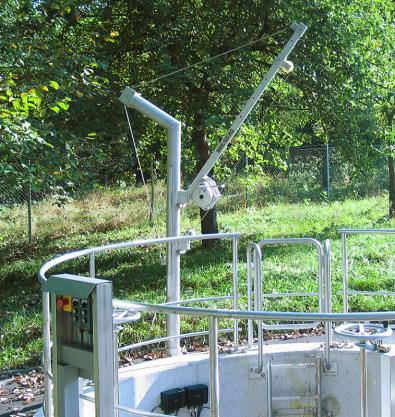 Swivel jib crane 550 kg - Swivel jib crane, galvanized or stainless, max. 550 kg, 800 - 1300 mm