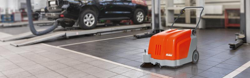 Sweepmaster B500 - Walk-behind vacuum sweeper for hard floors and carpets