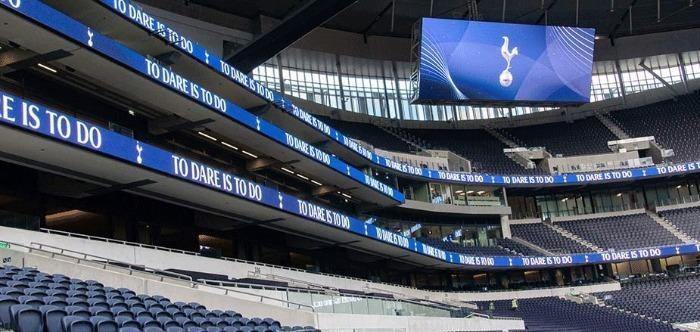 Билборд и информационни екрани на стадиона - AVA LED дисплеи за спортни игрища на закрито и на открито