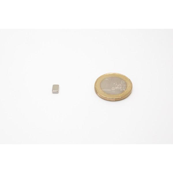 Block magnet, Neodymium, 6x4x2 mm, N45, Ni-Cu-Ni,... - null