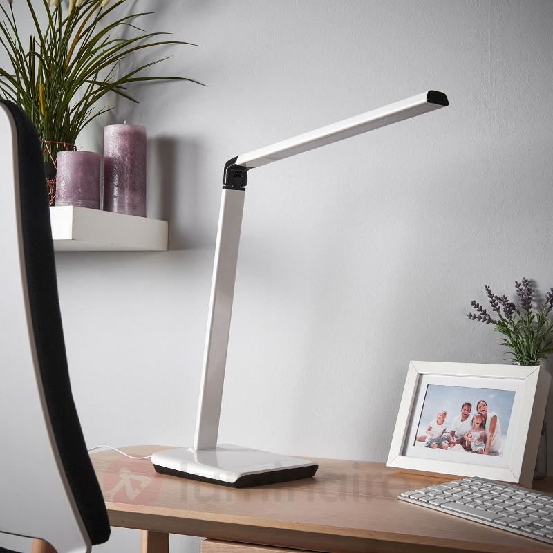 Lampe de bureau Kuno, port USB, variable LED - Lampes de bureau LED