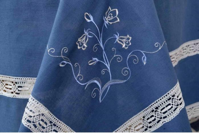 """Embroidered tablecloth made of  100% flax. - """"Blue bell"""""""