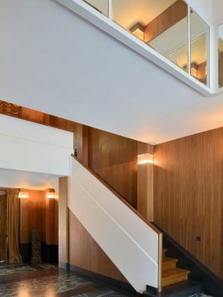 Réalisations sur mesure en bois pour particuliers - Très haut de gamme- pièces uniques et sur mesure