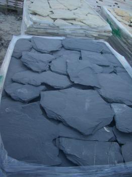 Almofadas em quartzito preto