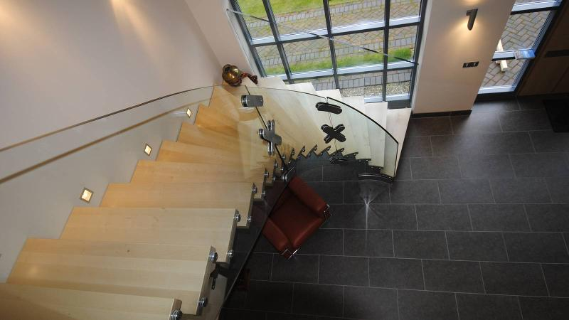 Helical glass stairs - Mistral Curve