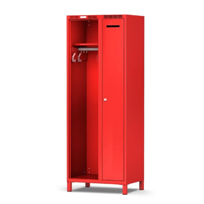 Gear locker PLUS - to separate turnout gear and private clothing.
