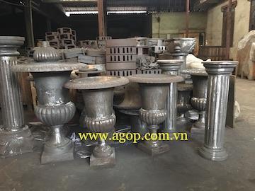 Cast iron vase gray cast iron vietnam - gray cast iron vase in rusty antique