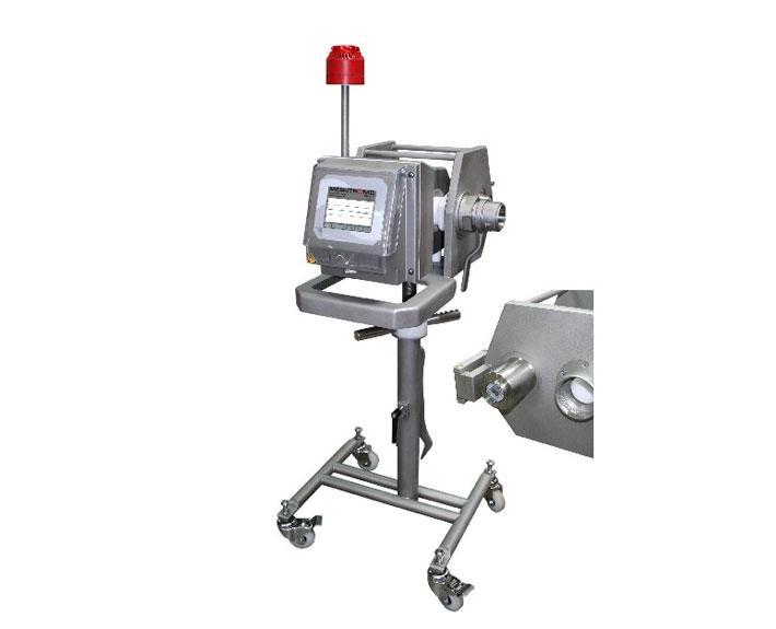 Fahrbarer Metalldetektor zum Anschluß an einem Vakuum - MEATLINE 07+