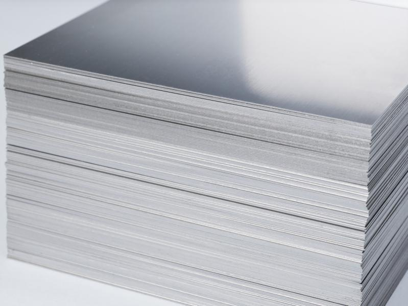 Molybdenum sheet - Sheets made of molybdenum available online directly from the producer (Mo sheet)