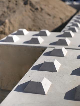Hohlblock- und Mauersteine