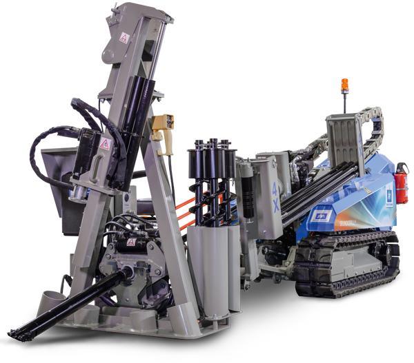 Kubota diesel engine with 28 kW driving power - GRUNDODRILL 4X