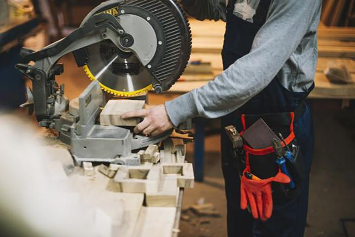 Outsourcing Of Wood And Metal Products Manufacturing - null