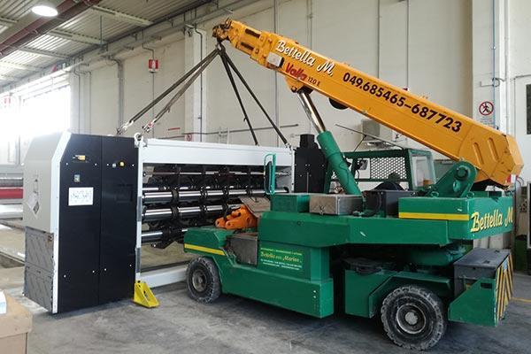 Gru elettriche per carico scarico - movimentazioni interne esterne macchinari