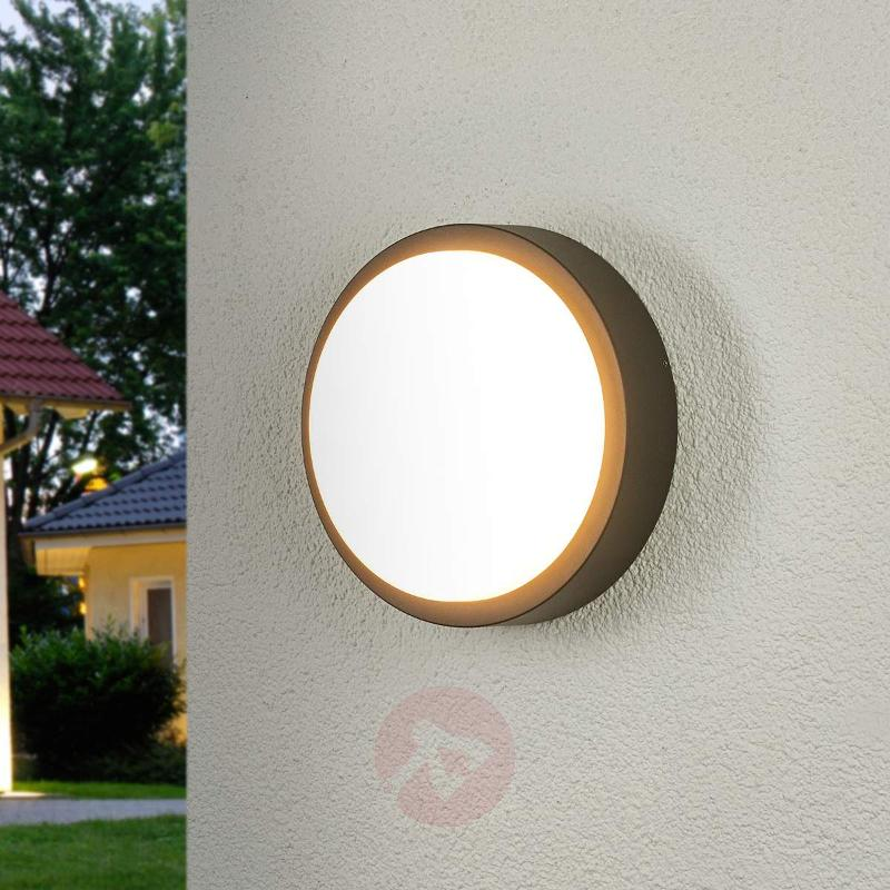 Round LED outdoor wall light Maxine - Outdoor Wall Lights