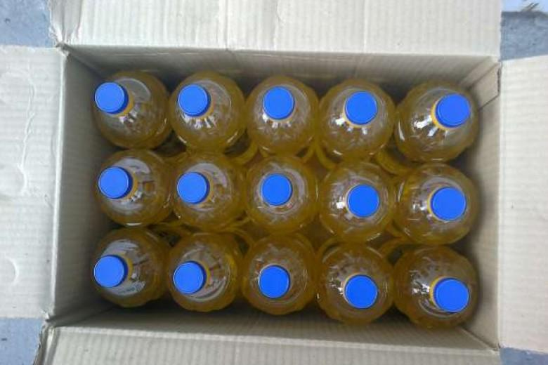 RBDW Sunflower Oil - Refined Bleached Deodorized Sunflower Oil Fit for human consumption, fats free.