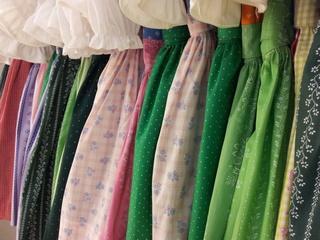 Usługa szycia odzieży damskiej - Bluzki, Żakiety, Spodnie, Spódnice, Sukienki, Płaszcze, Kurtki, kostiumy,