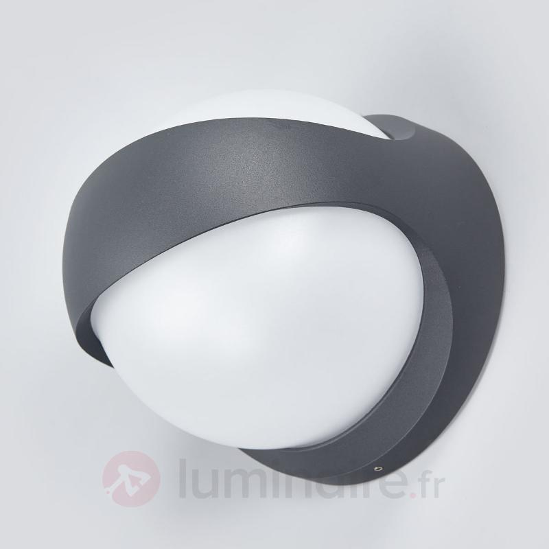 Applique LED Malcolm en alu, forme de boule - Appliques d'extérieur LED